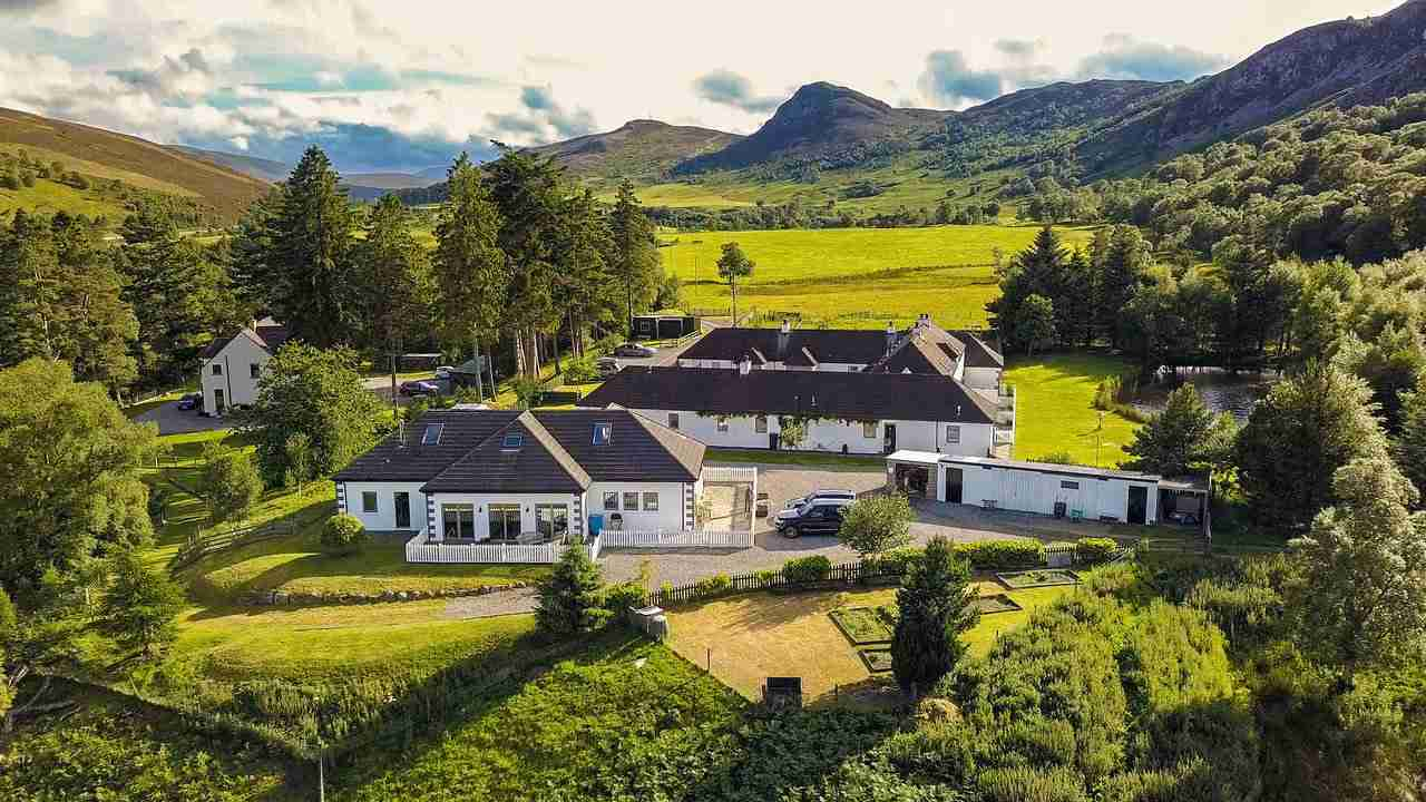 highland-holiday-cottages